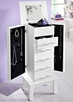 1000 id es sur armoire bijoux sur pinterest miroir. Black Bedroom Furniture Sets. Home Design Ideas