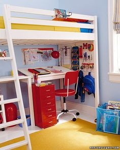 This room would be perfect for the boys to share... two loft beds with a space underneath for toys and a desk. Perfect!