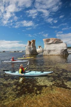Mingan Archipelago National Park Reserve – Quebec, Canada – 2020 World Travel Populler Travel Country Kayak Camping, Canoe And Kayak, Fishing Canoe, Canoe Boat, Fishing Tips, Bass Fishing, Oh The Places You'll Go, Places To Travel, Places To Visit