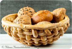 Kleiner Kuriositätenladen: Brotkörbe aus Brotteig