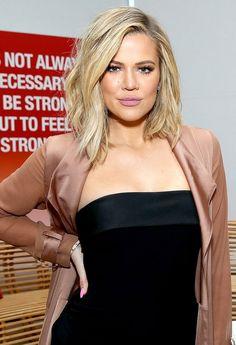 New Hair Color Short Blonde Khloe Kardashian 58 Ideas Estilo Khloe Kardashian, Khloe Kardashian Hair Short, Medium Hair Styles, Curly Hair Styles, Tips Belleza, Hair Lengths, New Hair, Blonde Hair, Short Blonde