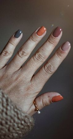 28 Must Try Fall Nail Designs And Ideas - Page 9 of 28 fall nails;fall nails nails c Simple Fall Nails, Fall Gel Nails, Cute Nails For Fall, Simple Acrylic Nails, Fall Acrylic Nails, Nails For Autumn, Fall Nail Art Autumn, Autumn Fall, Nail Ideas For Fall