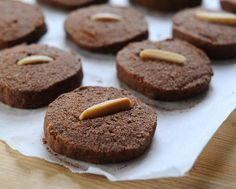 Chocolate-Almond Shortbread Cookies, crisp little chocolate shortbreads, made with almond meal so gluten-free, low sugar so #lowcarb, easy to ship too. Recipe, insider tips, nutrition, Weight Watchers points at #KitchenParade.