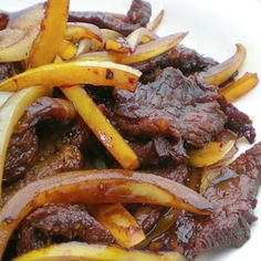 I am not a big fan of the all mighty red meat, but if the marinade is a great tasting one, then I will definitely eat it. Beef Steak Recipes, Stir Fry Recipes, Cooking Recipes, Asian Recipes, Healthy Recipes, Ethnic Recipes, Asian Foods, Chinese Recipes, Quick Recipes