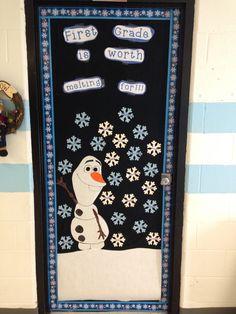 Frozen themed classroom door. Frozen Classroom, Disney Classroom, Classroom Board, Fall Classroom Decorations, School Door Decorations, Classroom Themes, Birthday Bulletin Boards, School Themes, School Ideas