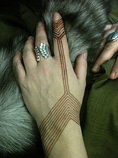 Nomad Heart Henna, via Flickr