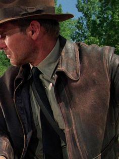 Indiana_Jones_Distressed_Jacket Indiana Jones Jacket, Harrison Ford Indiana Jones, Parker Jacket, Leather Jackets For Sale, Semi Casual, New Years Sales, Bomber Jacket Men, Eminem, Winter Collection