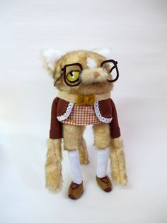 Bespectacled Squish-Faced Cat. $190.00, via Etsy.