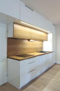 10 Inspiring Modern Kitchen Designs – My Life Spot Kitchen Room Design, Kitchen Dinning, Modern Kitchen Design, Home Decor Kitchen, Kitchen Furniture, Kitchen Interior, Home Kitchens, Furniture Plans, Kids Furniture