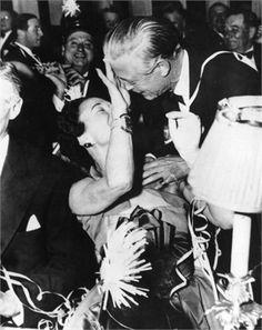 "King Edward VIII ""David"" (Edward Albert Christian George Andrew Patrick David) (1894-1972) Prince of Wales UK & wife Wallis Simpson (Bessie Wallis Warfield-Spencer-Simpson) (1896-1986) USA, Duke & Duchess of Windsor, regina di stile"