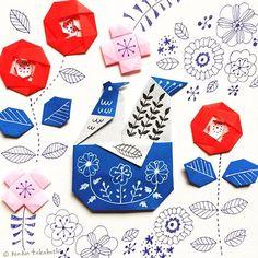 青ぺんもイイなー(^.^) #paperflower  #papercraft  #origami  #papercraft #illustration  #rooster #camellia  #折り紙 #お花 #イラスト  #おりがみ  #とり #ペーパークラフト #イラスト