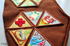 Brilliant tips for sewing badges with a machine.
