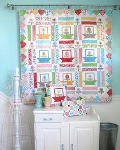 Cute new pattern from Lori @ Bee In My Bonnet: Polka Dot Posies