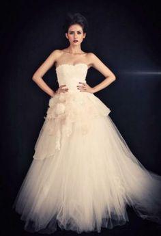 Miyuki Liem at www.bridestory.com. Find out more about this vendor at our website. #weddinginspiration #weddingideas #thebridestory #weddingdress #weddingattire #bridal