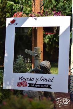 marco polaroid para photocall de boda
