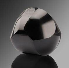 Like a revelation of the supreme intelligence. The polished black material elevates the unique gömböc shape into modern artistic heights. Free your minds while Gömböc rights itself! Action, Cool Artwork, Amazing Artwork, Three Dimensional, Bronze, Vase, Shapes, Sculpture, Modern