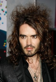 """2008. Actor Russell Brand arrives at the premiere of Disney's """"Bedtime Stories"""" at the El Capitan Theatre December 18, 2008 in Los Angeles, California. (Photo by Michael Buckner/Getty Images) * Local Caption * Russell Brand"""