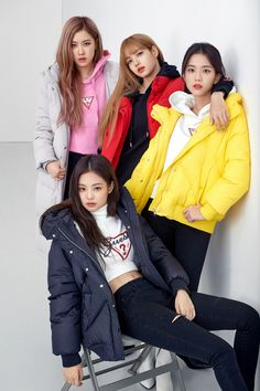 "Blackpink For Guess X Lotte Korea ""Wherever Guess"" 2018 Kpop Girl Groups, Korean Girl Groups, Kpop Girls, Jenny Kim, Mode Kpop, Black Pink Kpop, Black Pink Rose, Blackpink Photos, Toddler Girls"