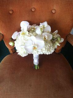 www.deespetals.com   Phalenopsis orchid wedding bouquet