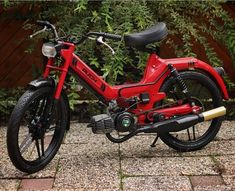 Tomos Moped, Vintage Moped, Mini Chopper, Bike Ideas, Mopeds, Go Kart, Custom Bikes, Motorcycles, Hardware