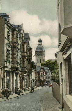 HW 023 - AK von 1958 (Archiv O. Becher) - links die schöne Historismus-Fassade der Geschäfte Schütte und Robert Schmidt.