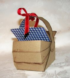 Wizard of Oz picnic basket gift box by apreciousmemory. $5.00 each.  Cute for a Wiz party - maybe with a little Toto dog in it?
