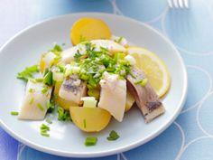 Maatjesharing met nieuwe aardappeltjes - Libelle Lekker!
