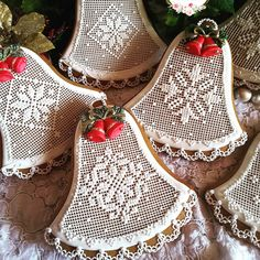 Christmas cookies, gingerbread cookies, keepsake cookie gift, needlepoint cookie,