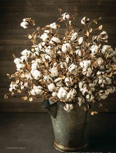 It's a cotton picking tradition.  Add cotton boll stems to any type vase for a slice of the outdoors indoors.