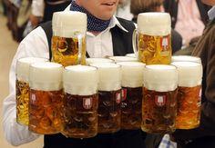 ¡Conoce la historia de uno de los festivales más famosos del planeta, el Oktoberfest!: http://www.sal.pr/vinos/centenariofestejocervecero.html