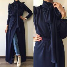 This Pin was discovered by Aya Abaya Fashion, Muslim Fashion, Modest Fashion, Fashion Dresses, Stylish Dresses, Elegant Dresses, Beautiful Dresses, Hijab Evening Dress, Modele Hijab