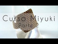 Curso Abalorios - Tecnicas con Miyuki ( Reducir filas y Cierre cremallera ) - 2º parte - YouTube How To Make Rings, How To Make Beads, Beaded Jewelry Patterns, Beading Patterns, Ring Tutorial, Bead Loom Bracelets, Peyote Beading, Beaded Rings, Beads And Wire