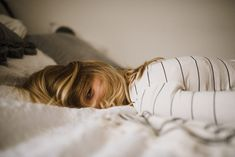 Everything You Need to Know to Use CBD to Treat Fibromyalgia • Ghastly Girl Fatigue Surrénale, Adrenal Fatigue, Fadiga Adrenal, B12 Mangel, Emotionally Drained, Libido, Burn Out, Bedtime Routine, Morning Routines