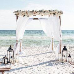 Wedding Ceremony Ideas, Beach Ceremony, Beach Wedding Decorations, Beach Wedding Ceremonies, Wedding Centerpieces, Ceremony Backdrop, Small Beach Weddings, Romantic Weddings, Dream Wedding