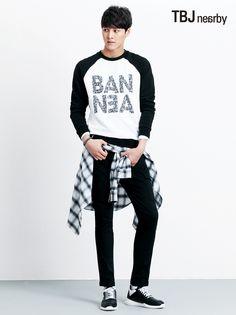 Your number one Asian Entertainment community forum! Korean Men, Asian Men, Korean Actors, Asian Guys, Korean Style, Ulzzang Fashion, Korean Fashion, Mens Fashion, Asian Celebrities