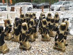 Plastové sošky egyptského bojovníka.