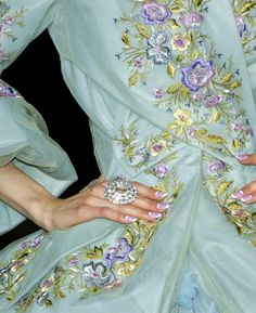 Christian Dior haute couture f/w 2007 a.ma.zing! …embroidery! ♥♥