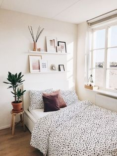 ) - September Second - Snapshots – Woonkamer en Slaapkamer (Update!) – September Second Snapshots – Woonkamer en Slaapkamer (Update!) – September Second Cute Bedroom Ideas, Room Ideas Bedroom, Diy Bedroom, Bedroom Storage, Bedroom Inspo, Girls Bedroom, Modern Bedroom, Bedroom Ideas For Small Rooms, Girl Rooms