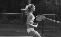 Bar Refaeli sensuale tennista in intimo