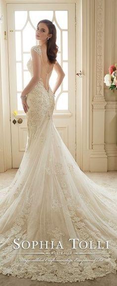 Appliques Beads Long Train Luxury Wedding Dresses White Ivory