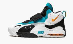 High Heel Sneakers, Kicks Shoes, Cute Sneakers, Air Max Sneakers, Sneakers Nike, High Heels, Nike Shoes Blue, Nike Air Shoes, Nike Air Max