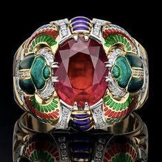 A Scarab ring with ruby, enamel and diamonds, Agafonov Workshop. @masterskaya_agafonova #rubyring #enameljewelry