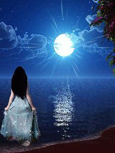 Lady of thr water moon glow gif Beautiful Moon, Beautiful Images, Beautiful Things, Dark Fantasy, Fantasy Art, Gif Bonito, Beau Gif, Ciel Nocturne, Good Night Gif