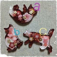 Kitties in Resin Plastic Resin, Uv Resin, Resin Art, Presents For Your Boyfriend, Boyfriend Gifts, Clay Crafts, Diy And Crafts, Arts And Crafts, Resin Jewelry