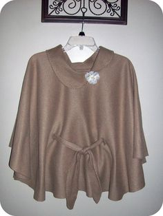 Easy No Sew Fleece Poncho. {would be great for Indian girl costume}