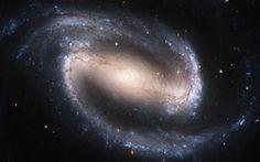 imagen de la nasa de la galaxia espiral ngc 1300