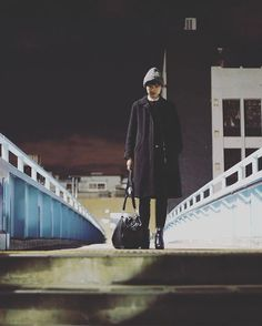 #tokyo#japan#東京カメラ部#photo#photographer#写真#写真家#photooftheday #streetsnap#日常スナップ#ポートレイト#ポートレート #portrait #写真好きな人と繋がりたい#girl#woman#instagood #instamood#Instagramjapan #followme #love#indies_gram #モノクロ#モノクローム#monochrome #青#blue