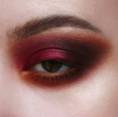 Eyeshadow, makeup for the holidays, makeup