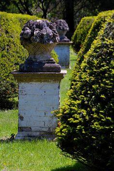 an idea for the garden entrance to the pond at the farm.