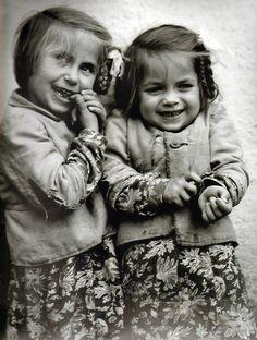 Haragos Zoltán: Two orphans